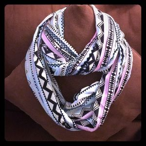 Accessories - 💕Teal and Pink Chevron Infinity Scarf